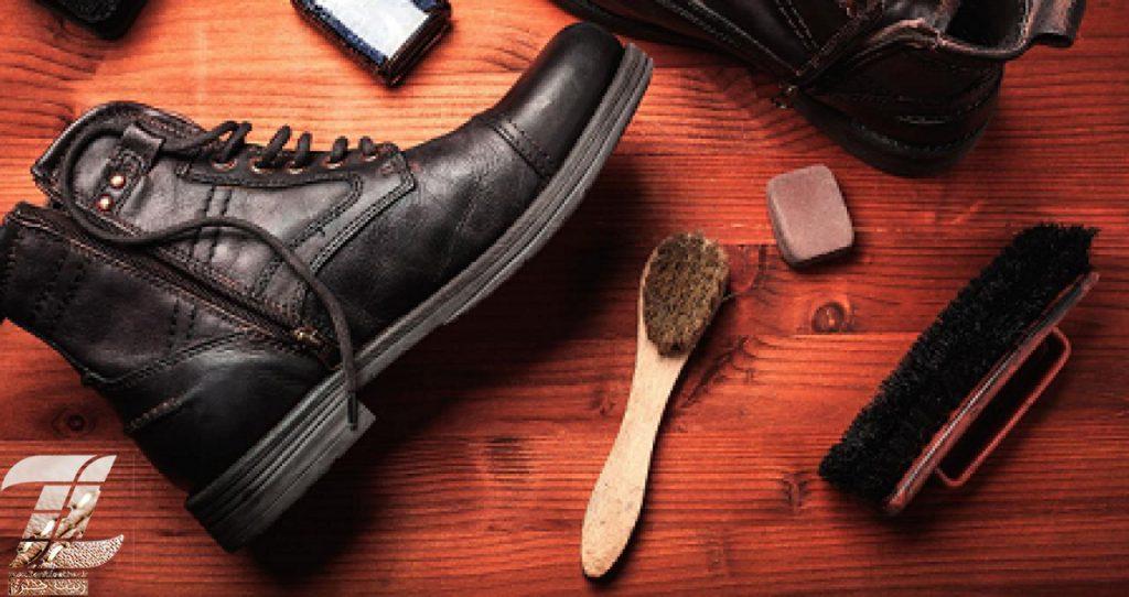 تمیز کردن کفش چرمی