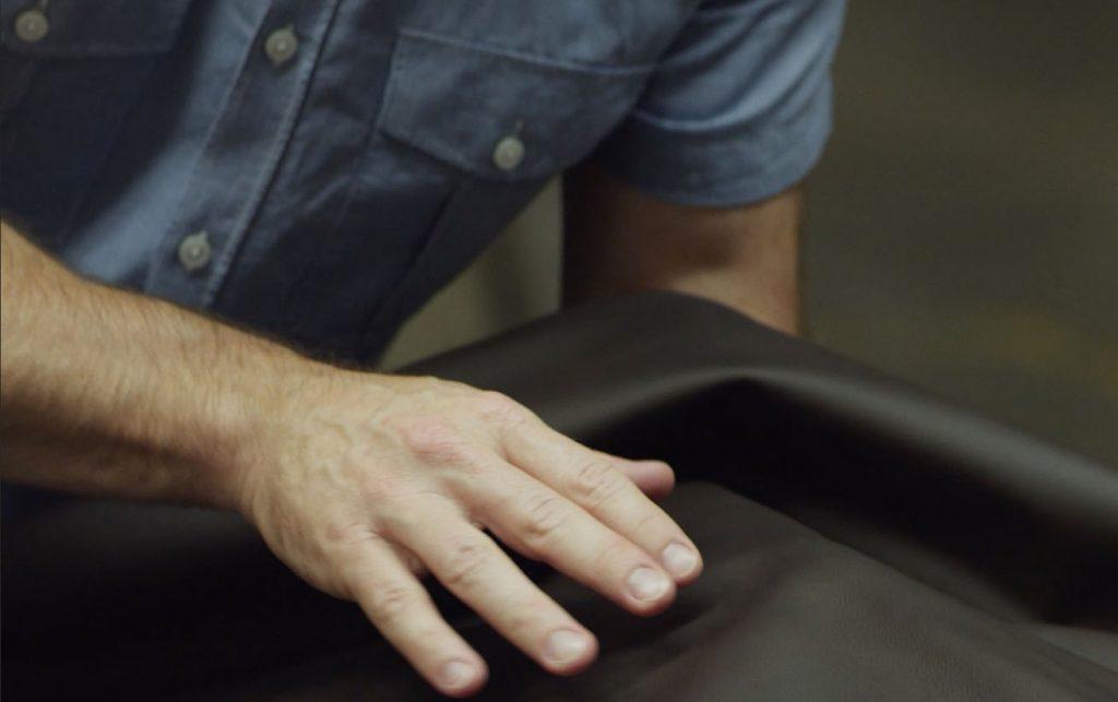 10 روش برای تشخیص چرم طبیعی از مصنوعی