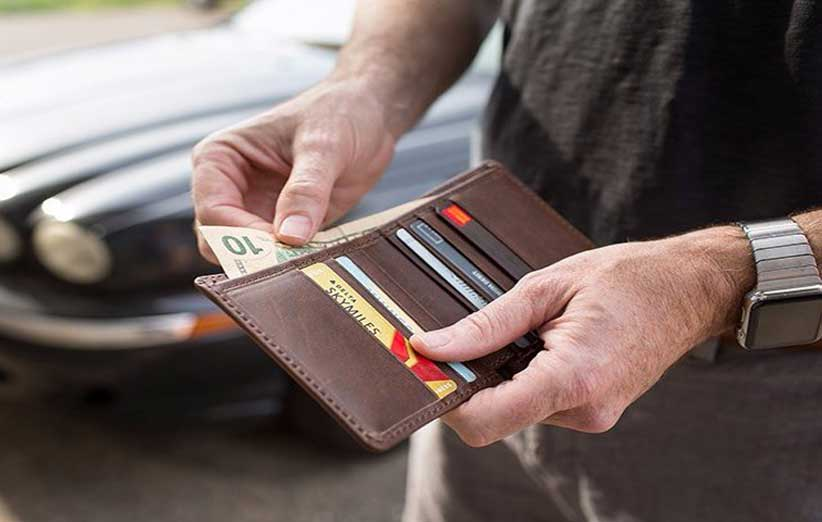 charm1 - همه چیز که باید درباره کیف پول چرم بدانیم